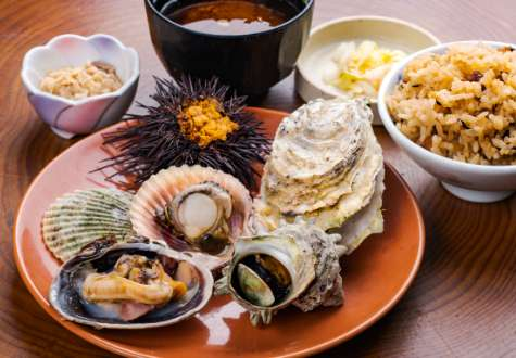 Grilled assorted shellfish set
